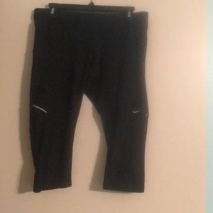 Nike Dri Fit Black Running Capri Tight Size Large